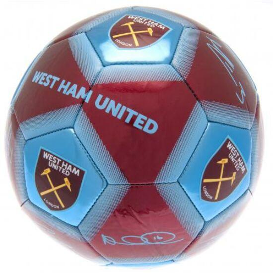 West Ham United FC focilabda, aláírásokkal