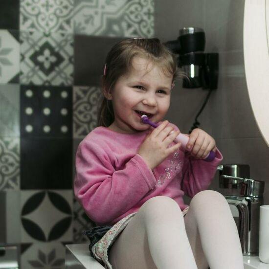 Unikornis Rainbow gyerek elektromos fogkefe